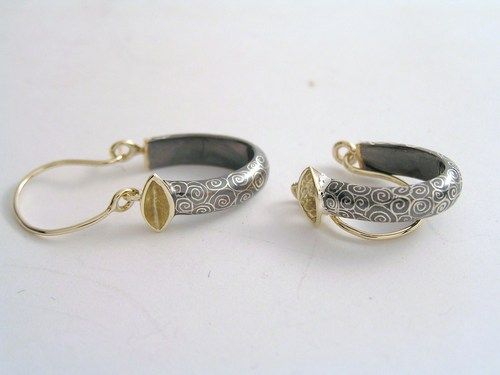 'Top of the world' hoop earrings